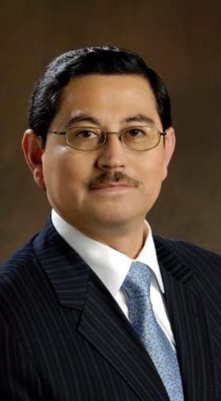 Dr. César Ochoa
